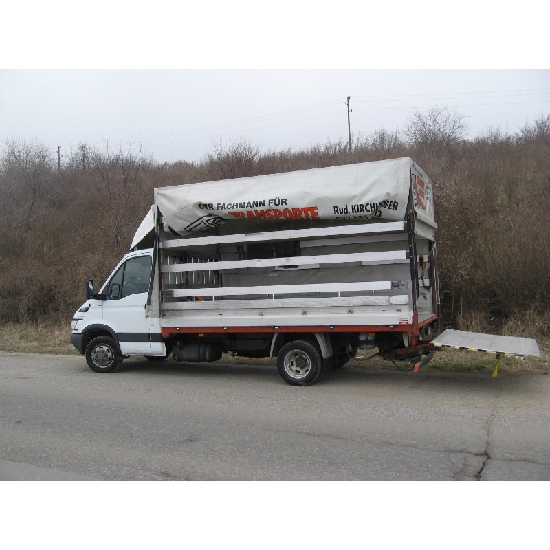Транспортни услуги  регион Варна с камион бордови с бризент и падащ борд От transport varna